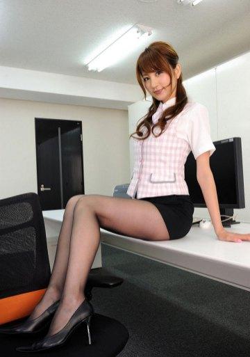 office-lady-5