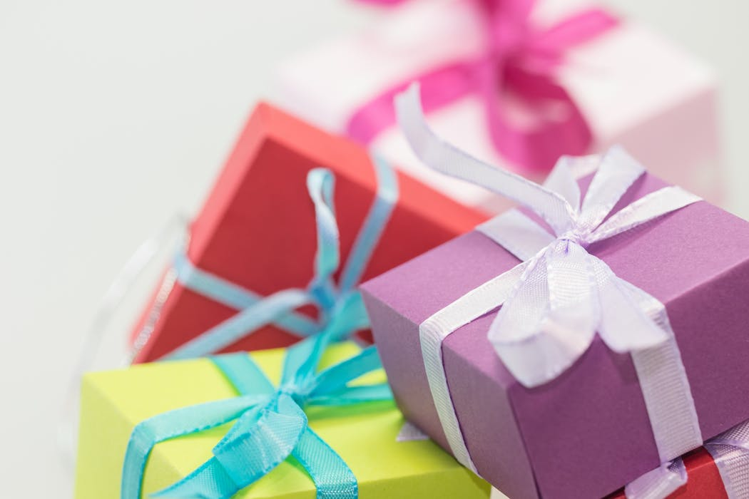 Eight Gifts That Do Not Cost a Cent
