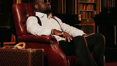 Photo of Music: Sarkodie – Non Living Thing ft Oxlade