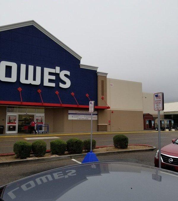 Lowes Helps Veterans