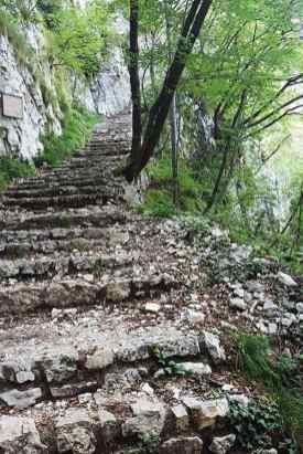 Ausflugstipp nahe Gardasee: Wanderung zur Kirche Madonna della Corona