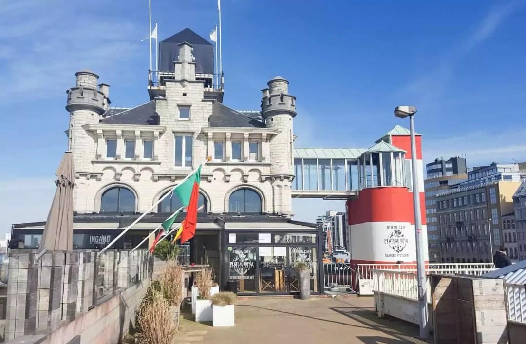 Antwerpen River Cafe Plateau Royal