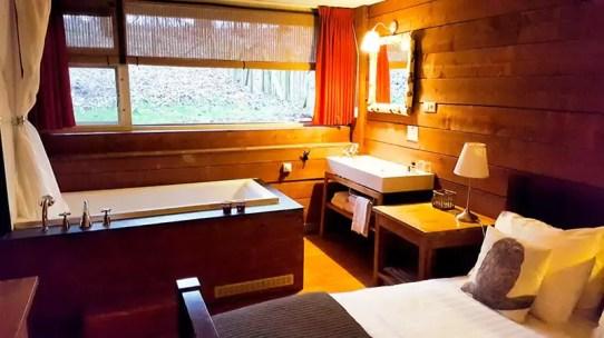 Badewanne im Zimmer - Badhotel Rockanje, Niederlande