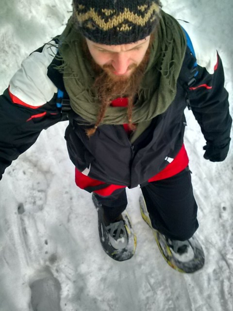 Henry in Schneeschuhen