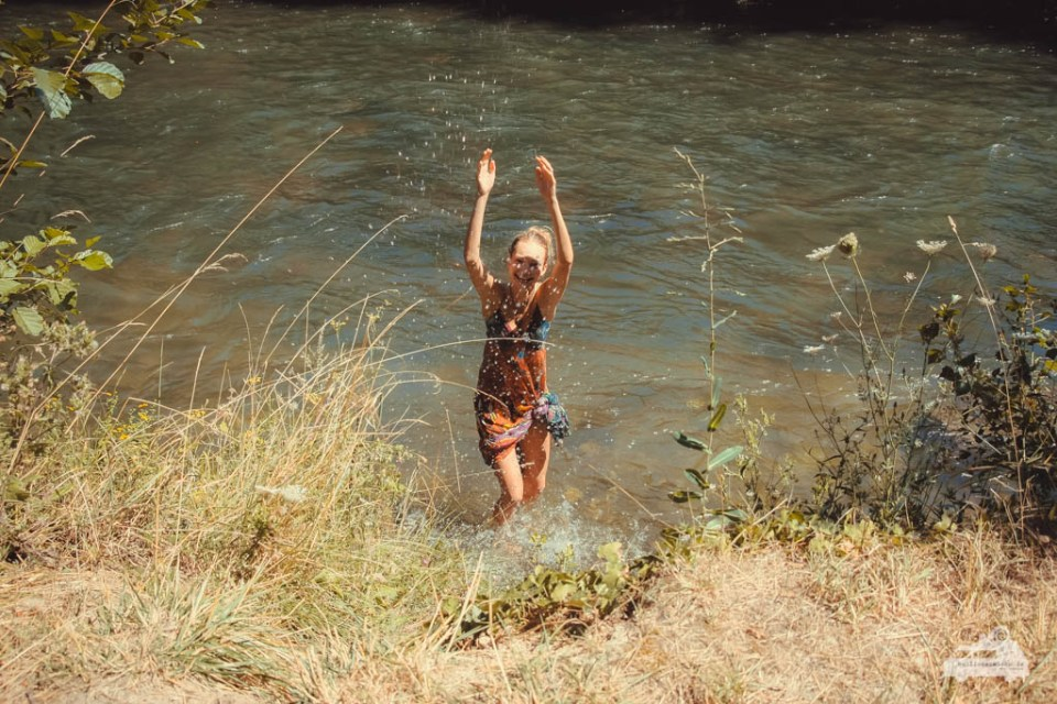 Waschen im Fluß