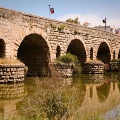 Die Puente Romano, ist eine der längsten Brücken die von den Römern gebaut wurde