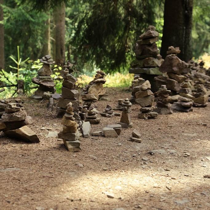 Steinhaufen am Liebesbankweg in Hahnenklee