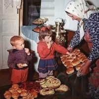 9 неща от детството през 90-те, които днес са незаконни