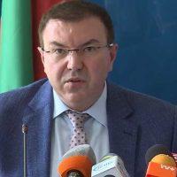 Здравният министър: Не изключвам създаването на полеви болници, въпросът е, че липсват лекари