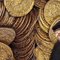 Стефан Пройнов: Над 4-ри килограма златни монети - солиди открити в Абритус