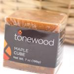 bumbleBdesign - Tonewood Maple Cube