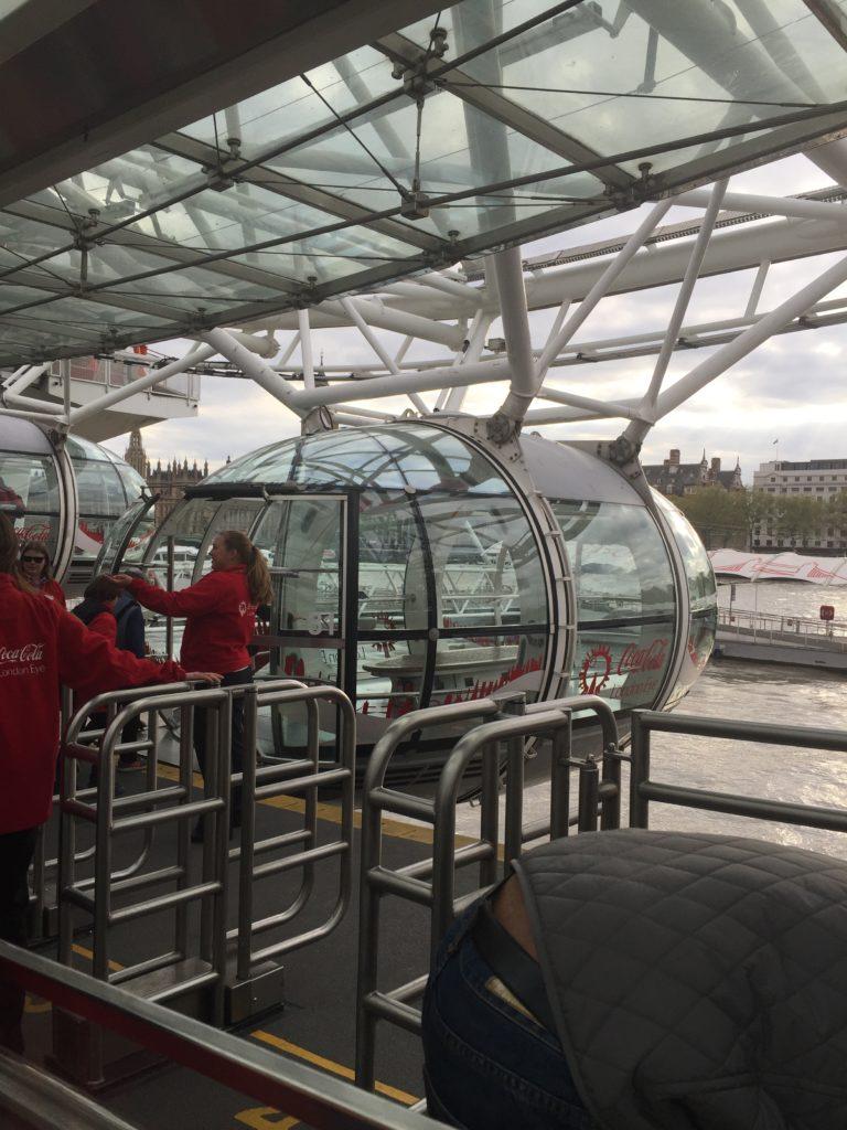 Boarding-london-eye