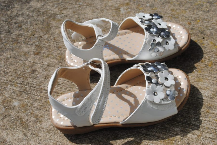 M&S-girl-White-riptape-sandal