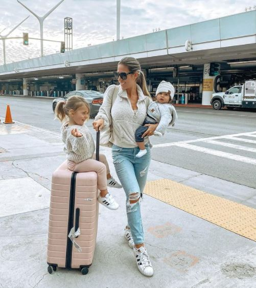 14 TIPS FOR FLYING WITH A BABY – Two Years Old and Under