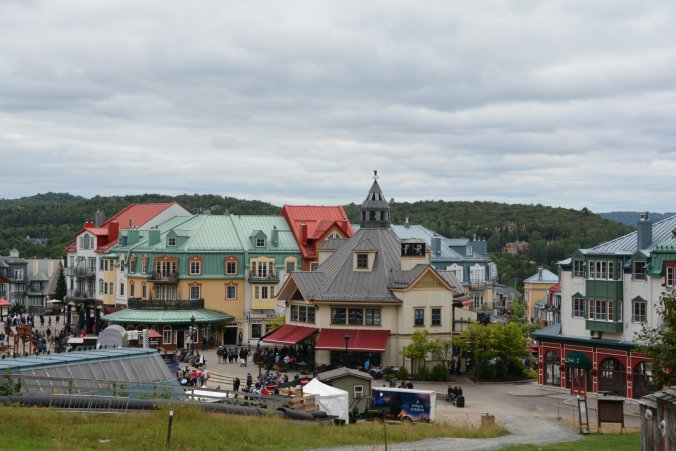 kitschiger Wintersport-Ort Mont-TRemblant Village