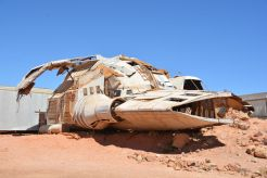 Zu viel Sonne oder Freizeit: ein selbstgebautes Raumschiff