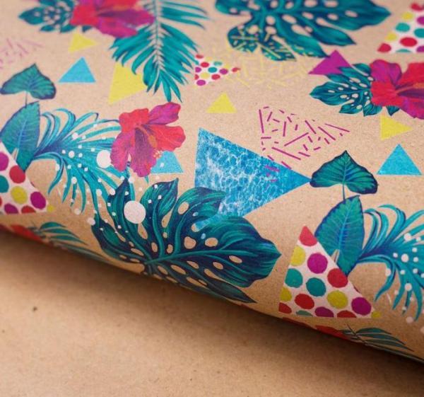 Бумага упаковочная крафтовая «Экзотические цветы»