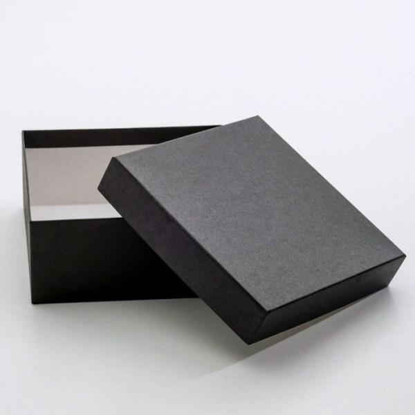 """Коробки для подарков """"Черный крафт"""""""