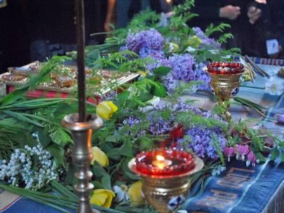 Ce facem cu florile de la Prohodul Domnului?