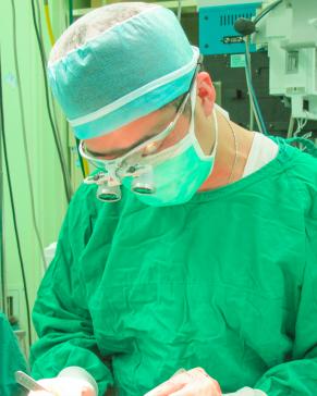 謝宇軒醫師介紹, 謝宇軒醫師, 整形外科, 手術, 醫學美容