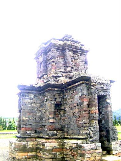 candi Dwarawati