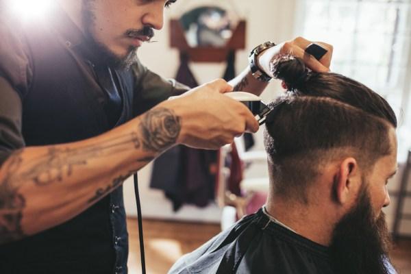 Jobul de frizer, avantaje si alte informatii