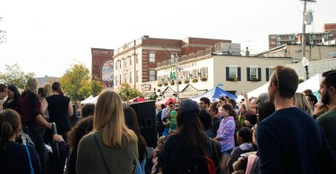30,000 fluff enthusiasts gathered around Union Square in Somerville to celebrate 101 years of Marshmallow Fluff. Somerville, Mass. September 22, 2018. Photo by Diego Marcano / BU News Service.