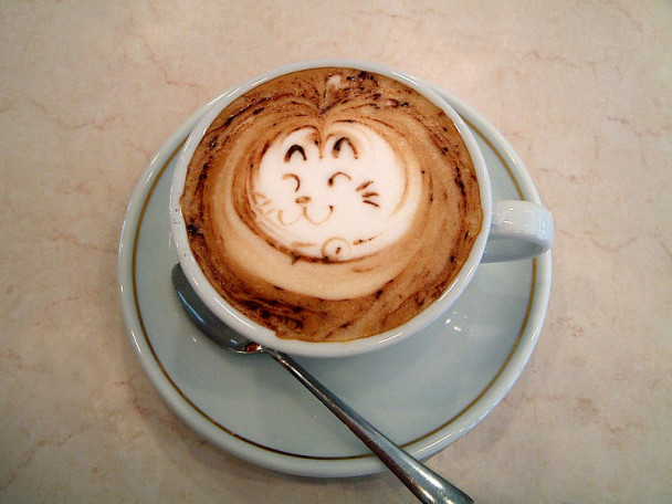 800px-LatteArt_Etching(theCat)-2