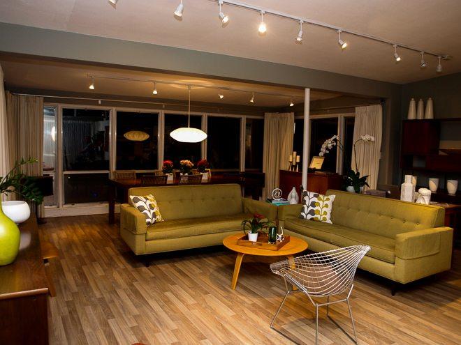 OW home 5 living room Retro-Home-Tour-125