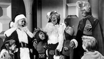 Trash Or Treasure: Santa Conquers The Martians