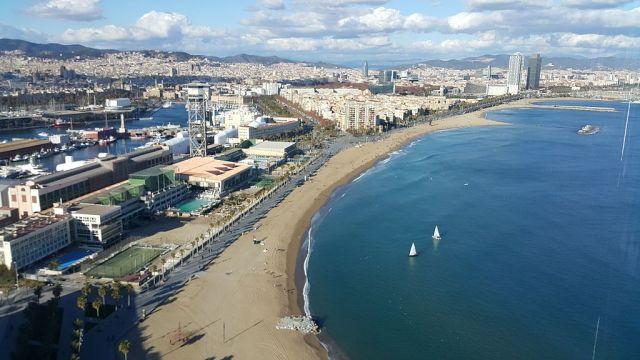 Top 5 Sights in Barcelona - Barceloneta Beach
