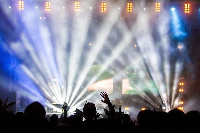 best-nightclubs-in-barcelona