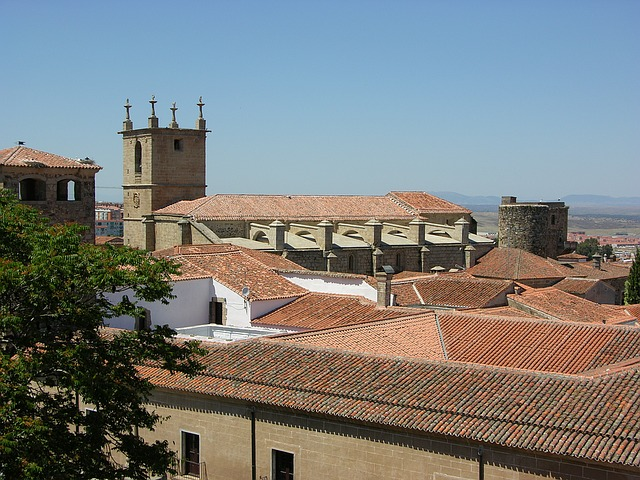 best-hostels-in-spain-caceres-rooftop
