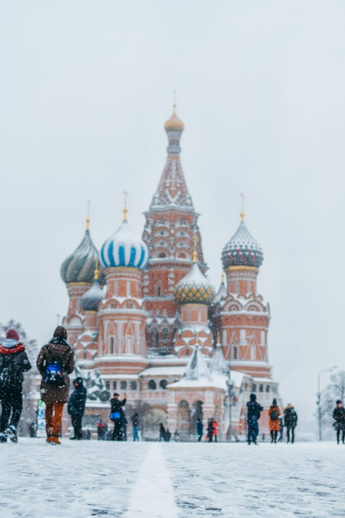 the-best-eastern-european-restaurants-in-barcelona-russia-moscow-red-square-snow