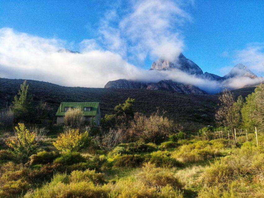 best-vipassana-retreat-locations-dhamma-pataka-south-africa