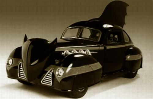 batmobile-1940_carrier-for-the-dark-knight-auto-motto-2
