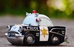 police-970014_640