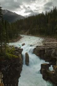 A rainy morning at the Sunwapta Falls in Jasper National Park, Alberta, Canada