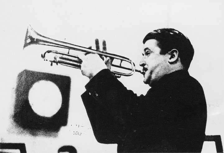 """Berigan at the Metronome All-Star recording session, January 12, 1939. The jazz solo he played on """"Blue Lou"""" on that date is among his best."""