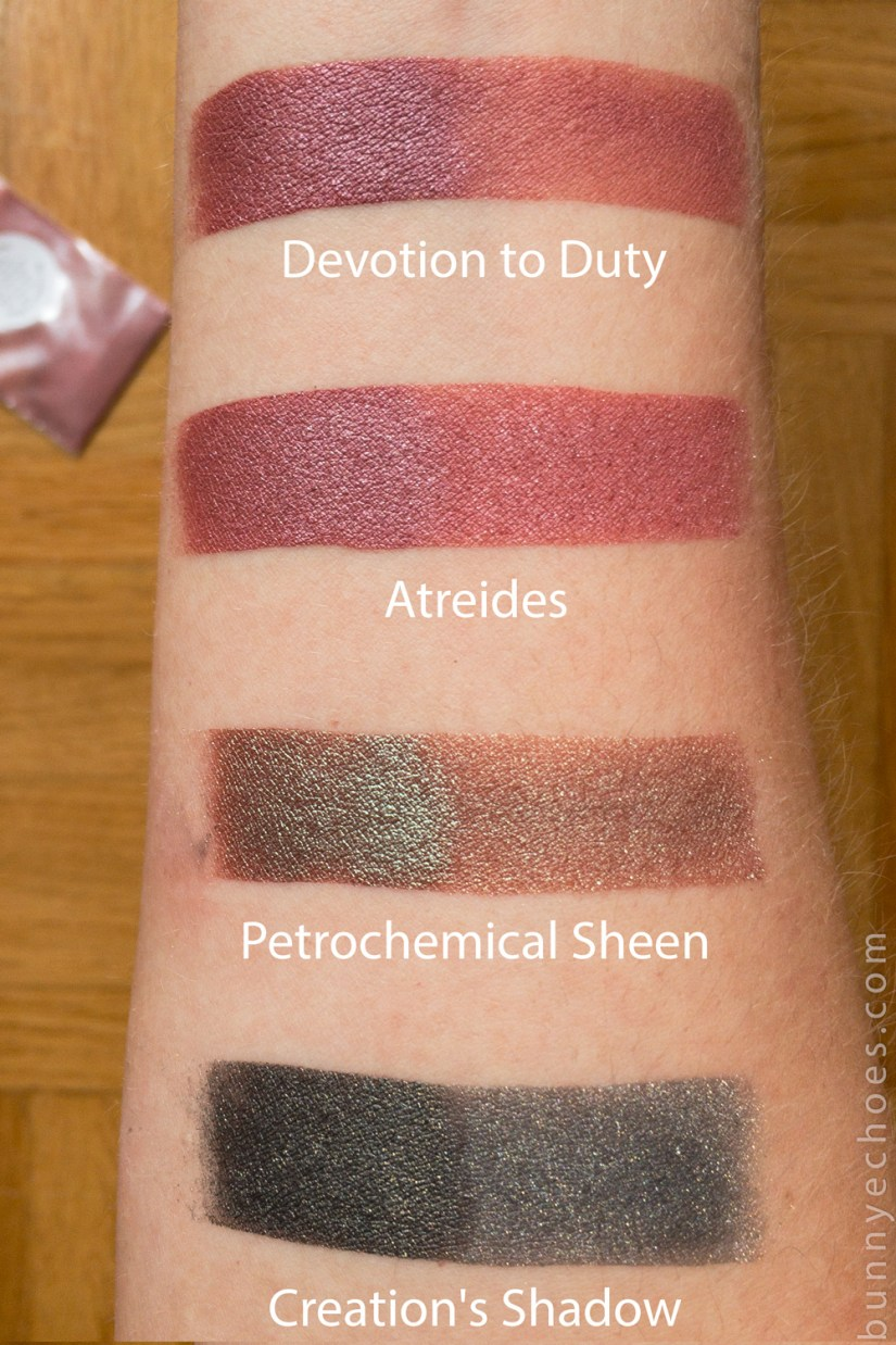 crow and pebble eyeshadow swatches