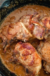 Pork Chops in Sour Cream Gravy