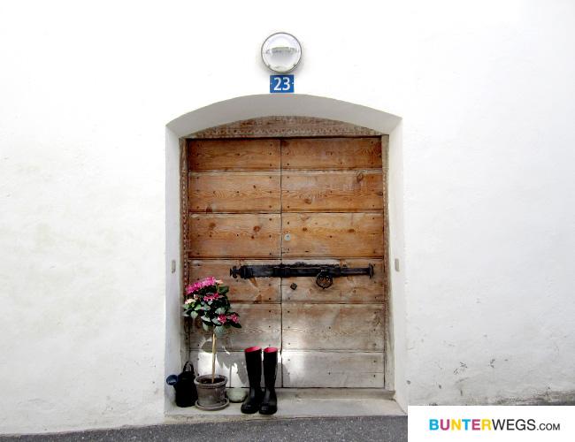 Ein Haus in Zillis-Reischen, Graubünden, Schweiz
