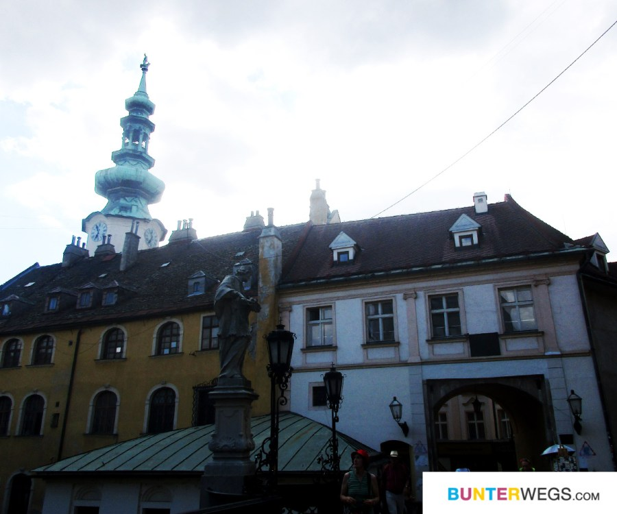 Bratislava Altstadt * BUNTERwegs. Der Outdoorblog für Frauen mit Liebe zum Wandern und zur Street Art