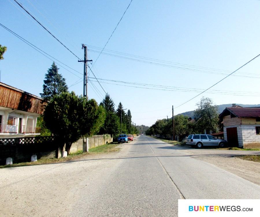 Endless roads in Rumänien * BUNTERwegs. Der Outdoor Blog für Frauen mit Liebe zum Wandern und zur Street Art