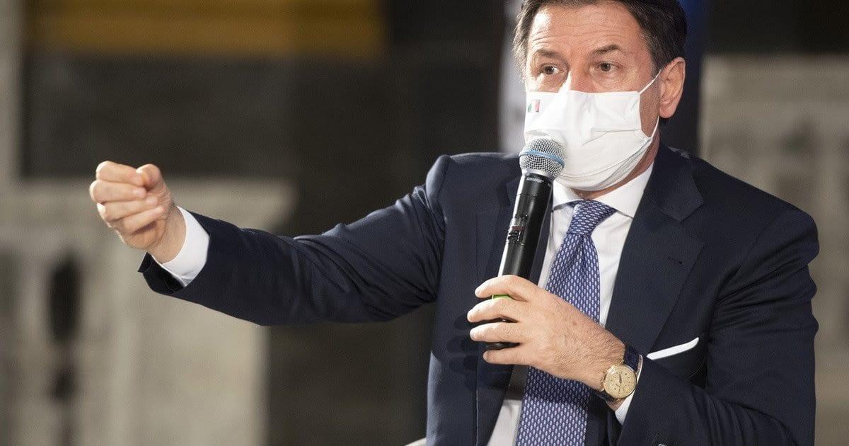 Coprifuoco e chiusure Covid, nuovo dpcm. Stavolta faranno fallire l'Italia Coprifuoco e chiusure Covid, nuovo dpcm. Stavolta faranno fallire l'Italia