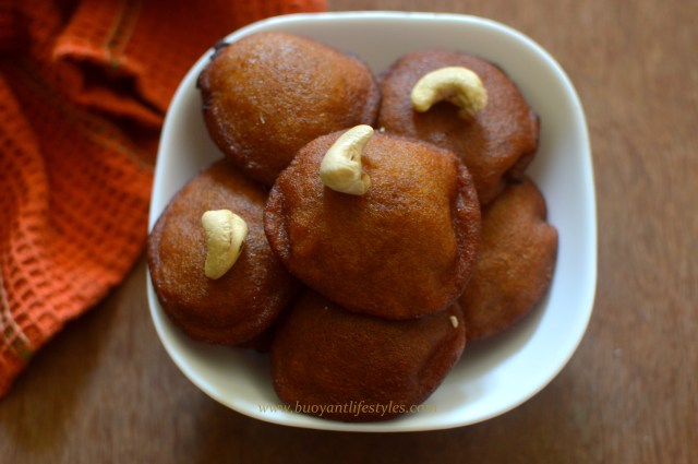 How to Make Malpuwa, Sweet Indian Pancakes + Easy recipe to make malpuwa + indian sweet recipe #malpuwa #foodblogger #indianrecipe