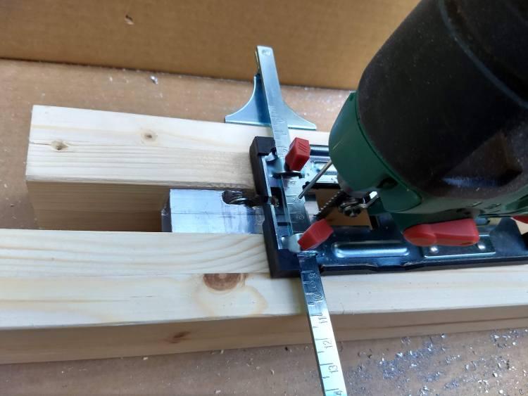Too high brackets were cut shorter with a jigsaw