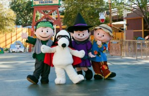 Your Guide To Knott's Spooky Farm's Non-Scare Celebration For Your Kids, Weekends In October, With New Adventures!
