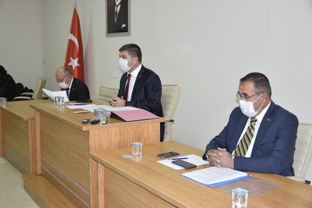 Burdur Belediye Başkanı Ercengiz tedbir amaçlı karantinada