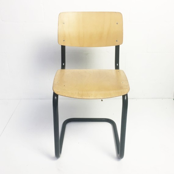 Vintage Ahrend schoolstoel